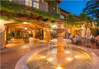 Courtyard at Hotel Los Gatos, California
