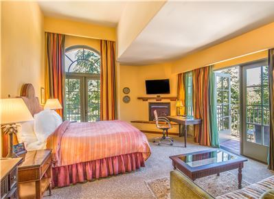 Junior King Suite at Hotel Los Gatos - A Greystone Hotel, California